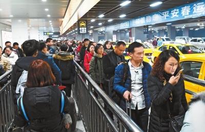 北京pk10网上投注平台:温暖回家路(组图)