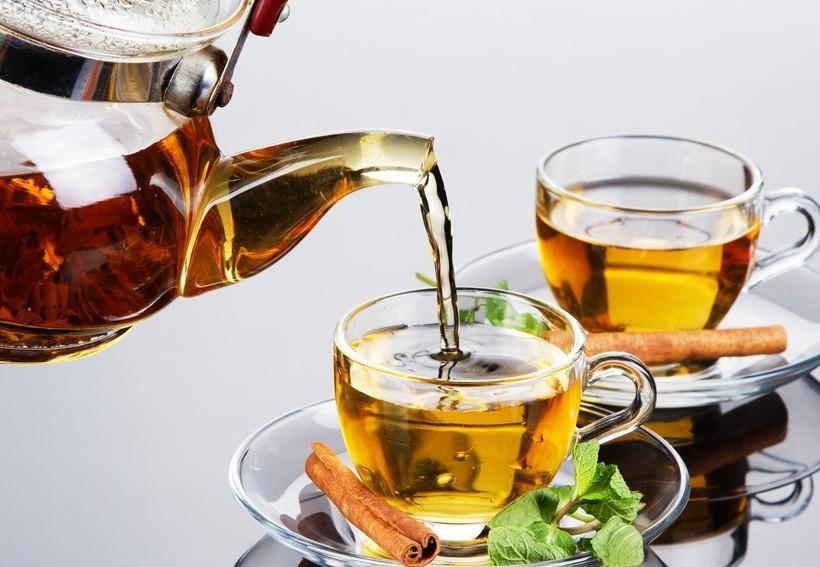 """""""上热下寒""""人群冬季不宜喝凉茶"""