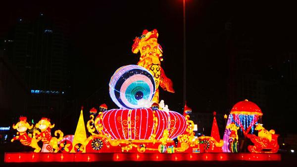 """红川杯""""年景年味年话·乡贤乡土乡愁""""手机摄影大奖赛丨兰州东方红广场流光溢彩 喜迎新春佳节(图)"""