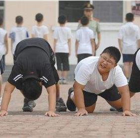 """兰大一院临床营养科负责人袁文臻博士指出——肥胖儿童成年后易患多种""""慢性病"""""""