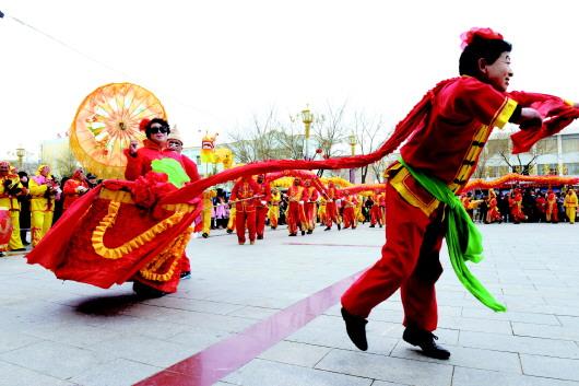 酒泉各县市区为市民送上文化大餐和新春祝福(图)