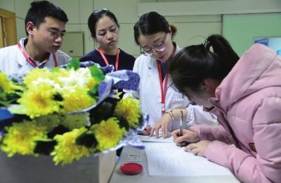 张掖青年遭遇车祸脑死亡 家人义举捐献器官多名患者受益(图)