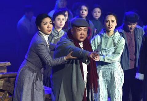 河南宝丰:方言剧《老街》上演