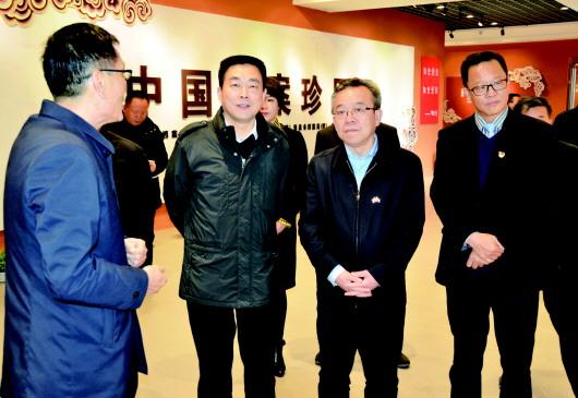 吴仰东:把坚持党的全面领导贯穿发展始终 不断加快国际文化旅游名城建设步伐
