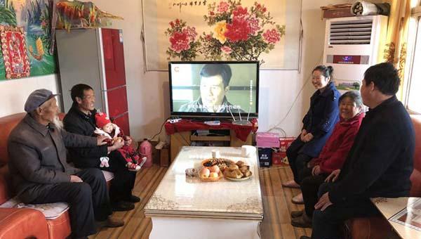 【网络媒体走转改】定西香泉镇:蔬菜产业致富 脱贫户朱宗义的幸福生活(组图)