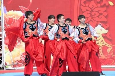 兰州红古区举办迎新春职工文艺汇演(图)