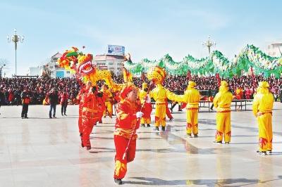 """嘉峪关市2018年""""迎新春""""社火表演敲响喜庆的鼓点"""