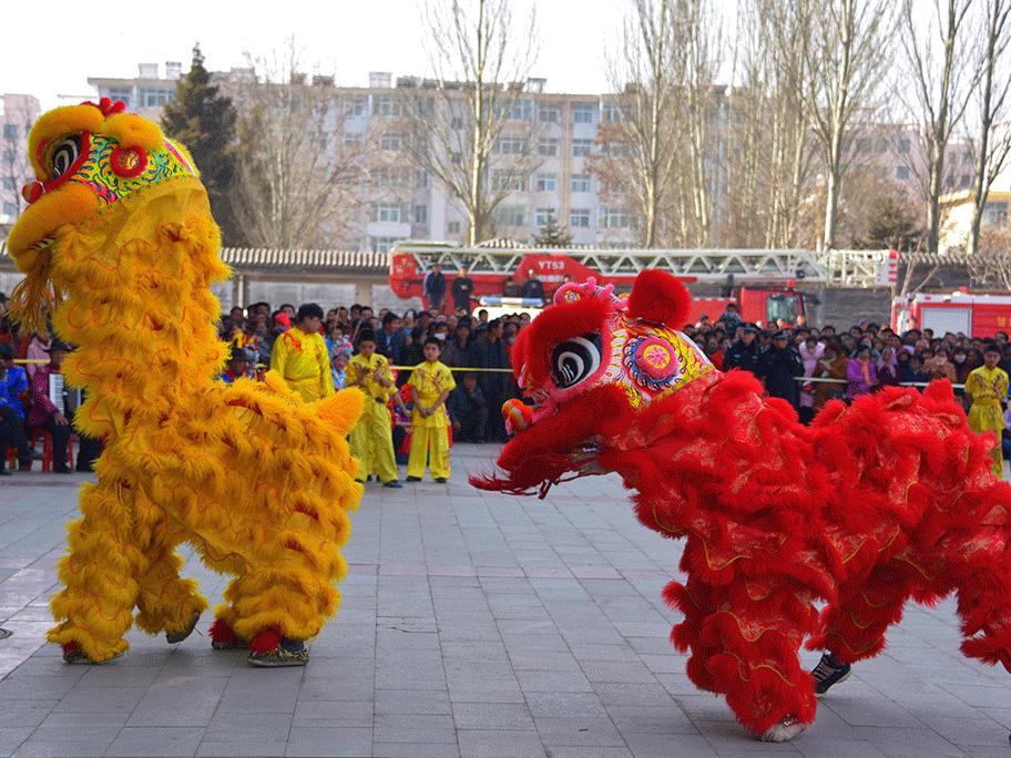 """临夏州和政县:秧歌""""上十三"""" 新春汇演春意浓"""