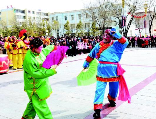 酒泉肃北县:群众尽享文化盛宴(组图)