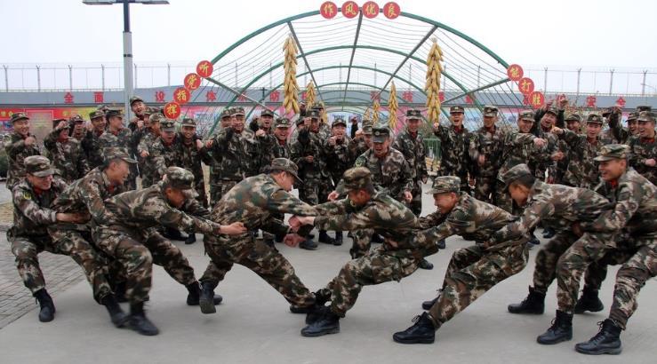 武警石嘴山支队心理行为训练助官兵健康成长