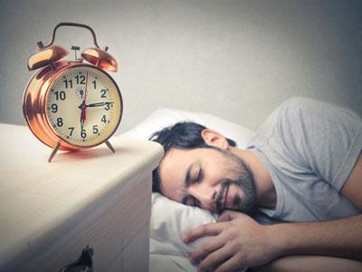 """每晚睡好""""黄金7小时"""""""