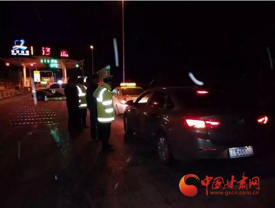 """甘肃省公安厅""""七个一律""""严厉打击酒驾醉驾违法犯罪行为"""