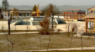 兰州市榆中县东湾村调整产业走上致富路(图)
