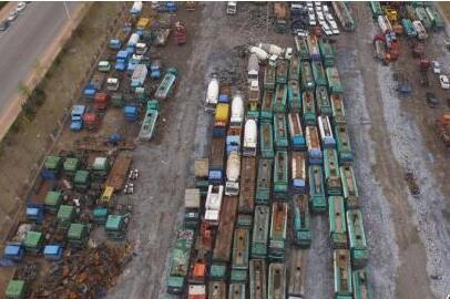 正规回收率不到30% 每年数百万辆报废汽车去哪了?