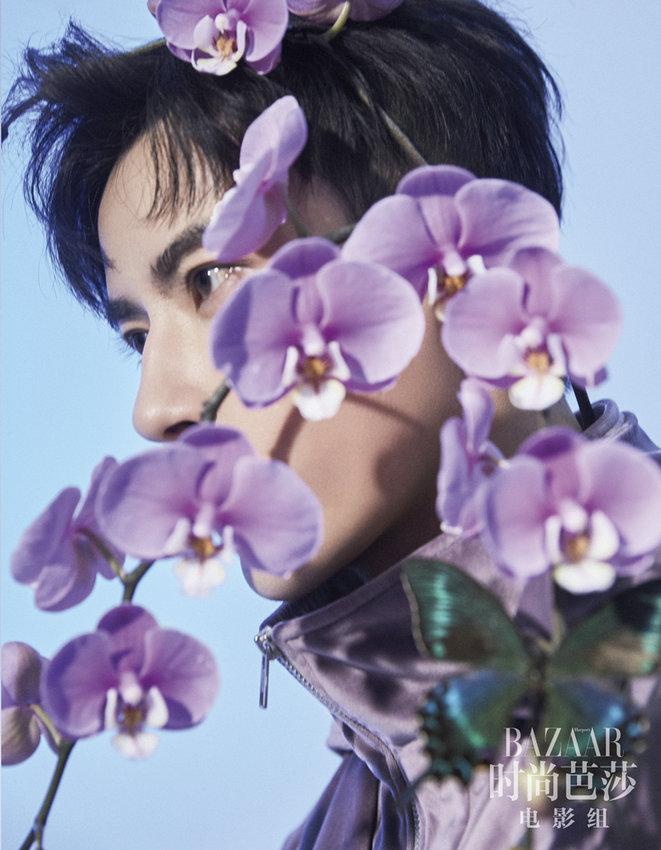于朦胧登杂志封面 花间少年紫云东来