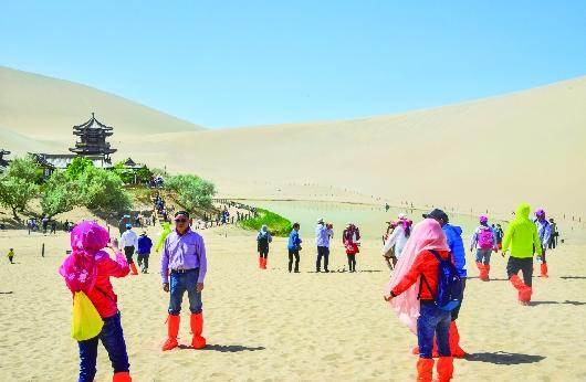 五一小长假酒泉敦煌市实现旅游收入13118.02万元(图)