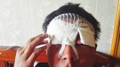 兰州:风筝线伤人 男子途经金雁大桥时眼皮额头被割伤缝合8针