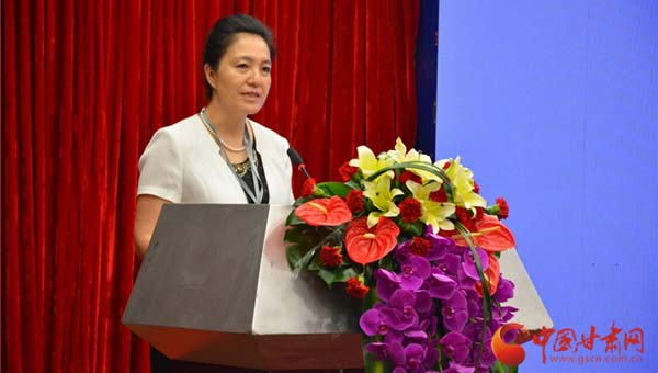 第十四届深圳文博会首日 甘肃签约20个项目总金额136.6亿元(组图)