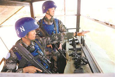 中国赴马里维和警卫分队展开战位对接