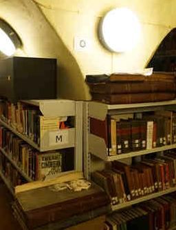 """伦敦马克思留念图书馆:马克思主义者的""""殿堂"""""""