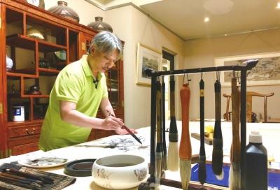 从水墨中感觉黄土高原的魅力——访画家薛从伦