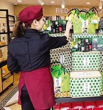 甘肃:粽子上市传统口味仍是主打