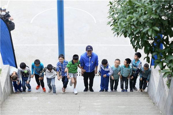 《极挑4》聚焦山区儿童 黄渤:情感缺失比贫困更难受