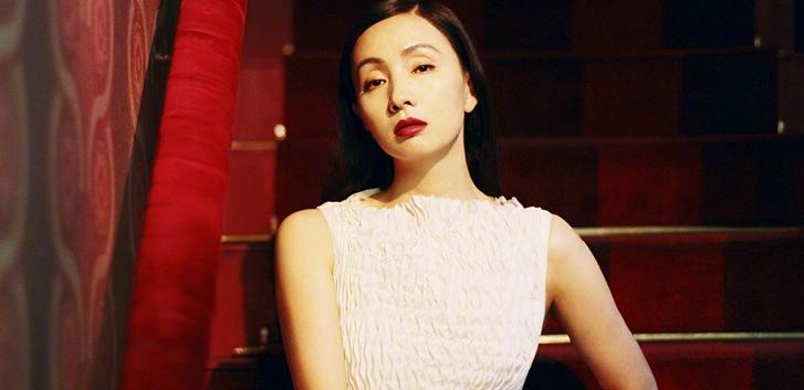 46岁小陶虹红唇大片妩媚娇俏 迷人熟女味一见倾心