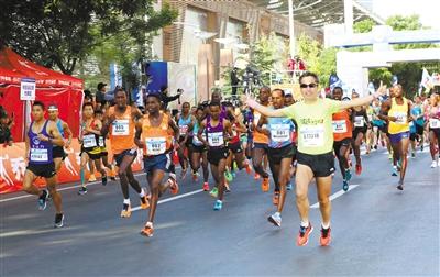 2018兰州国际马拉松赛圆满结束 四万健儿金城激情跑
