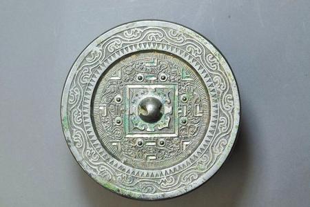 【馆长说文物】镜鉴千秋——博物馆里话铜镜(图)