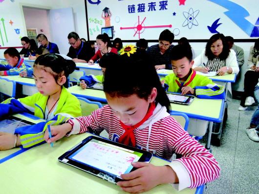 """酒泉肃北县着力创设""""互联网+教育""""智慧课堂(图)"""