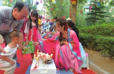 """兰州一社区举办""""梦回大唐""""传统化主题活动(图)"""
