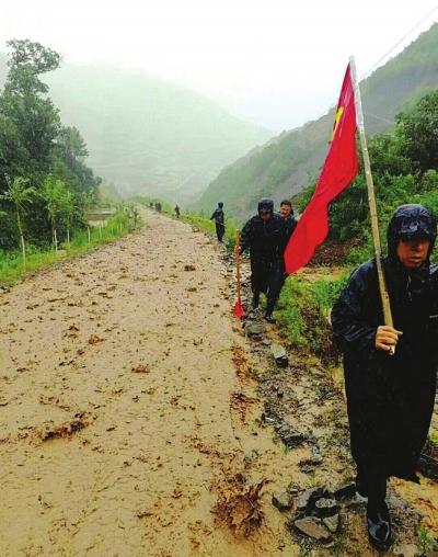 天水秦安武山部分路段雨后滑坡落石、道路被毁过往司机请绕行
