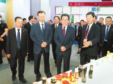 第二十四届兰洽会开幕式暨丝绸之路合作发展高端论坛隆重举行