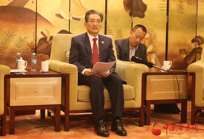 扩大沟通交流 推动互利合作——访韩驻华大使卢英敏