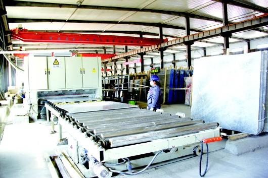 酒泉金塔县大力发展石材产业 实现年可加工石材产品5000万平方米(图)