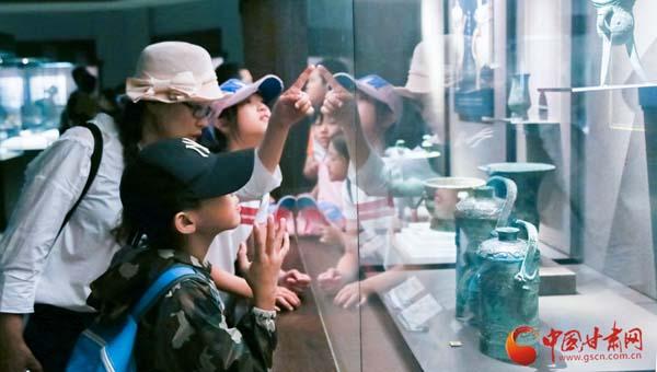 【改革开放40年·我为甘肃点赞】馆藏文物40年 看甘肃文物事业新发展