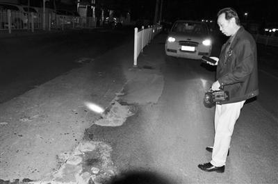凌晨三点 兰州市政巡查员赵兰生已在路上