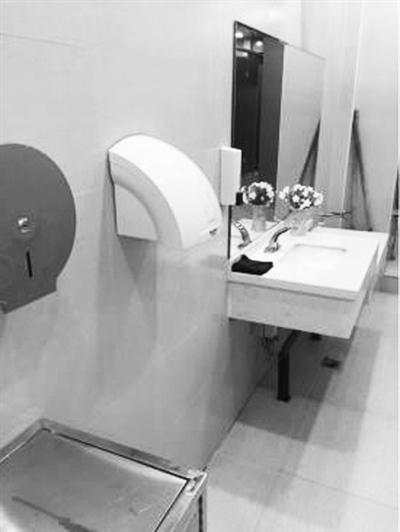 """兰州城关区16座""""星级公厕""""已向市民免费开放"""