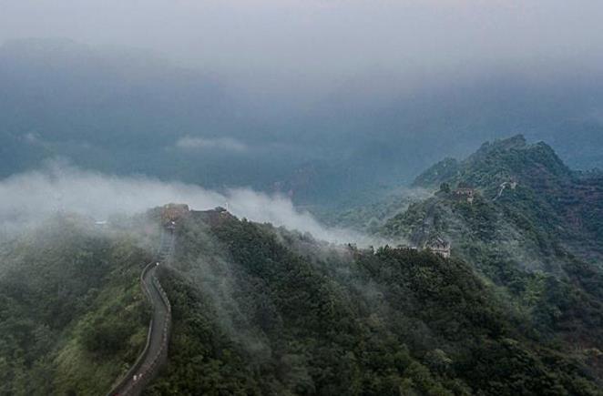 雾漫黄崖关