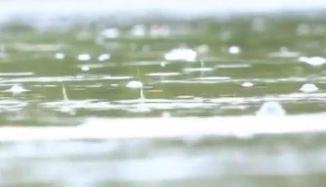 甘肃敦煌气温大幅降低 多地迎来降温降雨天气