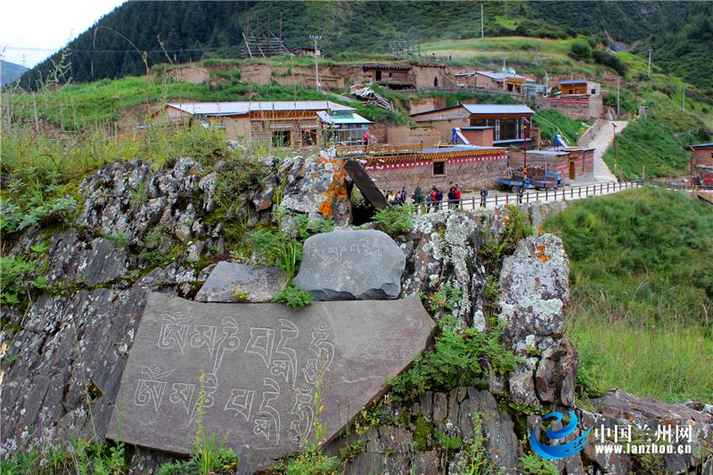 藏乡生态旅游新画卷