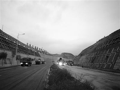 兰州北环路今晨6时恢复双向通车(图)