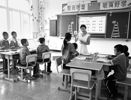 """【看点】让""""村小""""焕发活力——平凉崇信县探索小班化教学发展之路见闻(图)"""