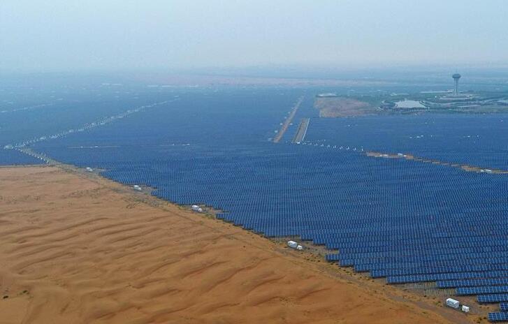 """沙漠崛起太阳能""""硅谷"""""""