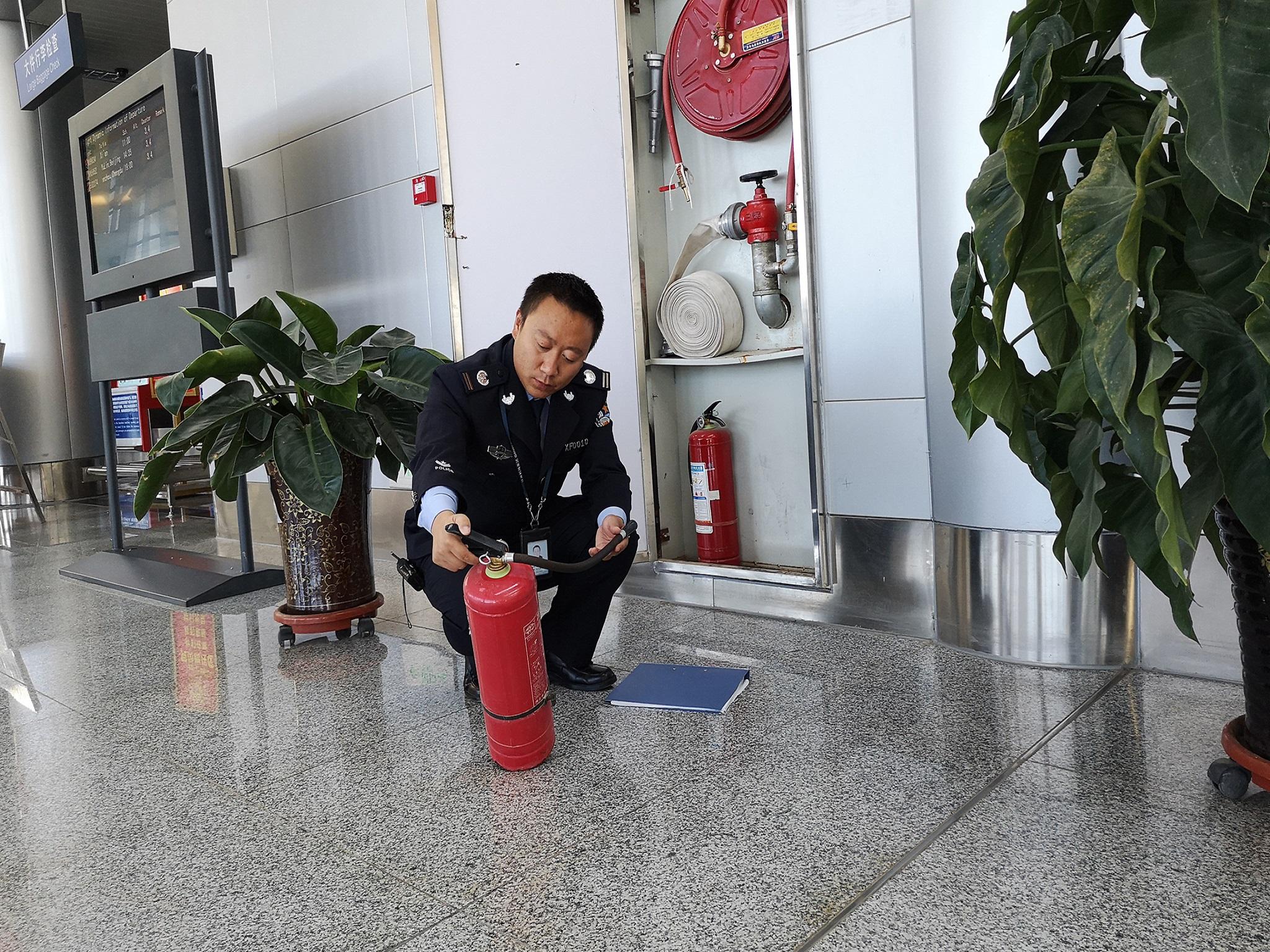 """""""119""""消防奖先进个人 王石磊"""