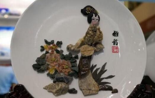 甘肃戈壁石艺画:承接古今的文化记忆