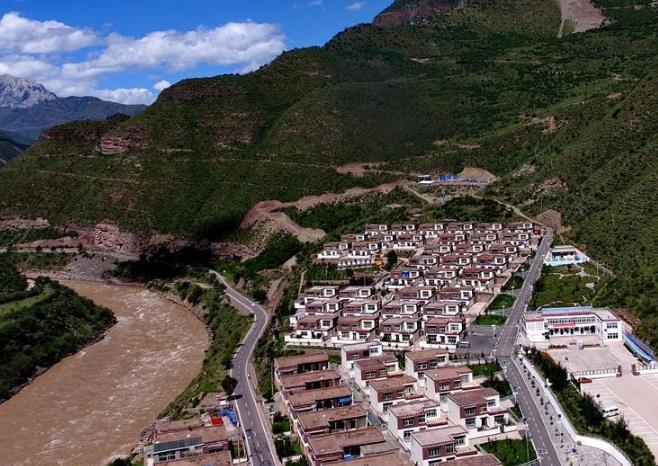 西藏昌都:小康路上的美丽家园