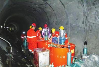 兰州市水源地项目2标主洞段固结灌浆施工完成