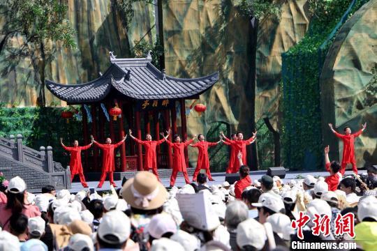 中秋假日安徽接待游客超1300万人次 旅游收入逾67亿元
